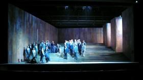 Aida 03 Radames Chor