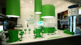 Palmer Hargreaves / Bayer CropScience - Messestand Fruitlogistica 2012 - Frontalansicht